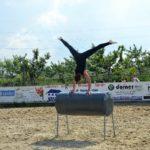 Handstand quer